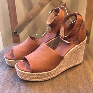 5047abf9344 Universal Thread Shoes - Universal Thread Emery Espadrille Sandals